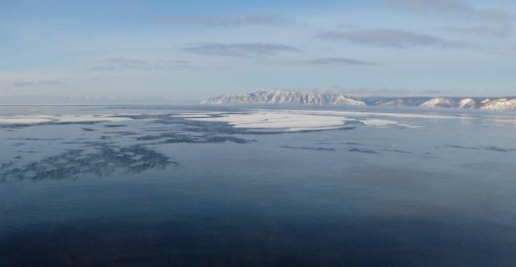 vignette-Lac-Baikal-le-grand-sourire-de-la-Siberie-orientale