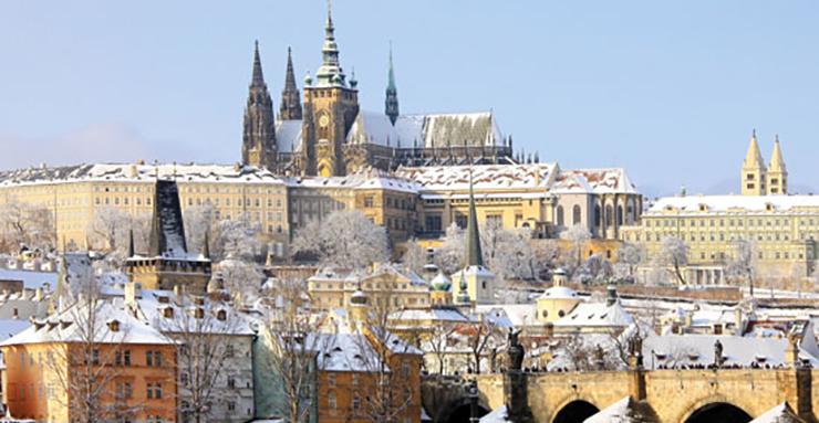 vignette Le Golem rode toujours dans les rues du vieux Prague